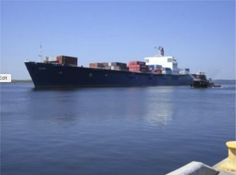 Debris appears to belong to cargo ship missing in Bahamas