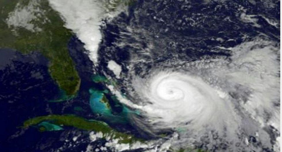 Hurricane Joaquin soaks eastern US, leaves devastation in Bahamas