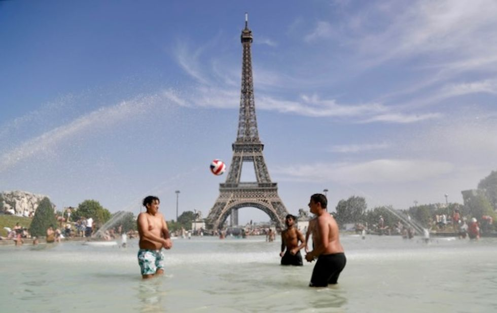 Europe set to sizzle again as deadly heatwave continues