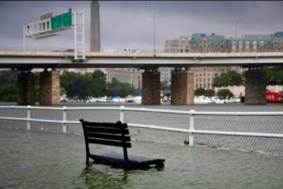 Washington DC hit by torrential rain, flooding
