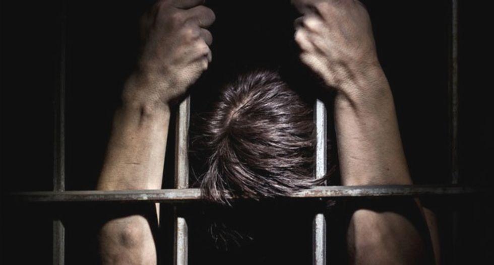 35-year-old man dies while in ICE custody in case of mistaken identity