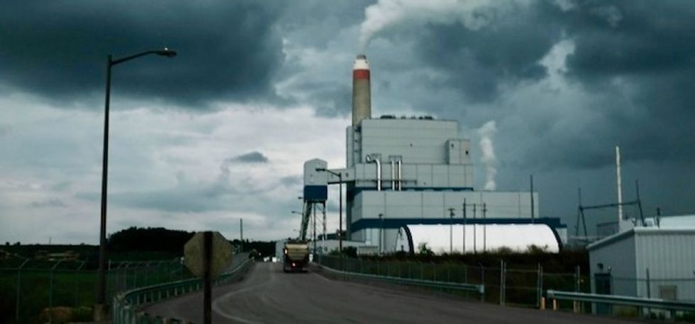 Financial groups gave $745 billion for 258 new coal power plants: Report