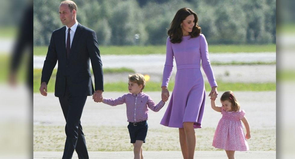Kate Middleton admitted to hospital to give birth to third child