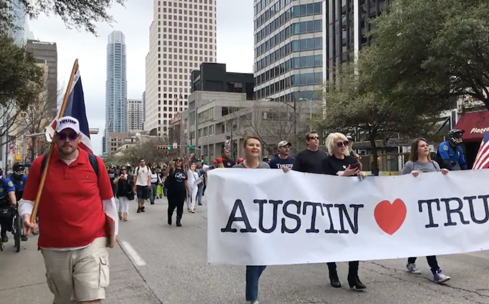 'Huge crowd of 100': Trump supporters, InfoWars nuts soundly mocked for Austin march