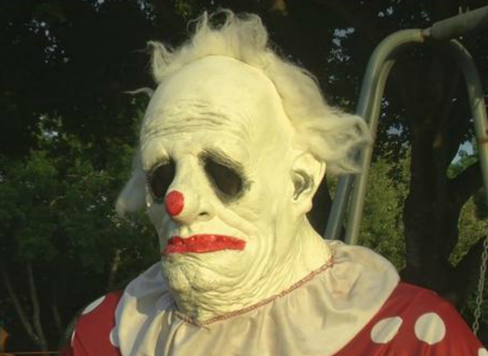 North Carolina man arrested for bogus clown sighting: police