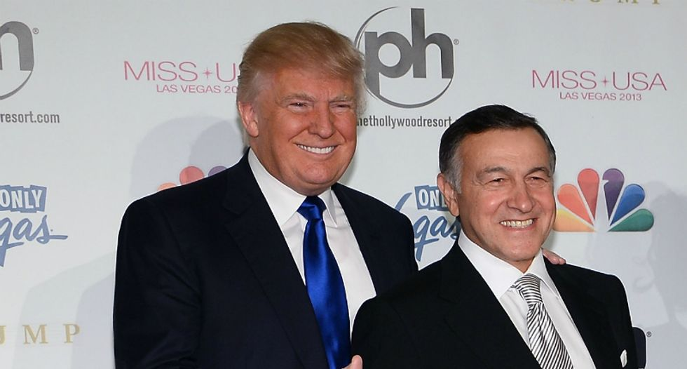 Russian oligarch that set up Don Jr's infamous meeting sent Trump an expensive painting — and he thanked him for it