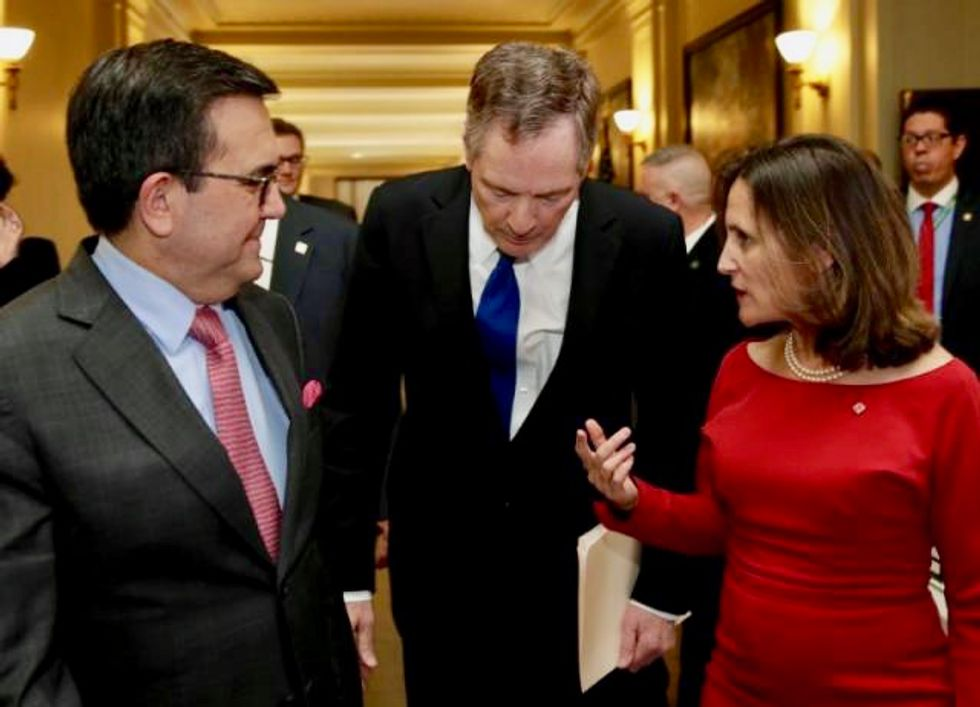 NAFTA talks enter critical week with US still pushing hard line