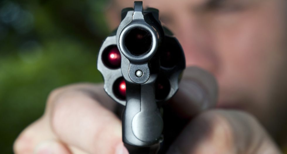 Florida neighborhood watchman shoots suspicious 16-year-old boy, neighbors say it's 'awesome'