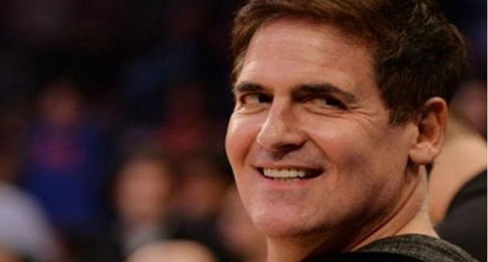 Mitt Romney is trying to recruit Mark Cuban to thwart Donald Trump with third-party run