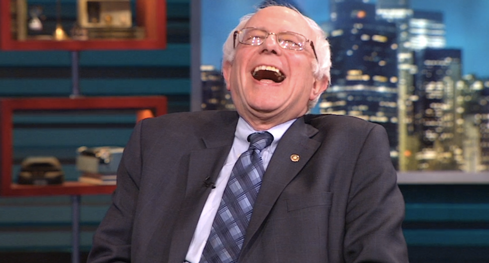 Bernie Sanders just hit back at the Washington Post with the most perfect jab
