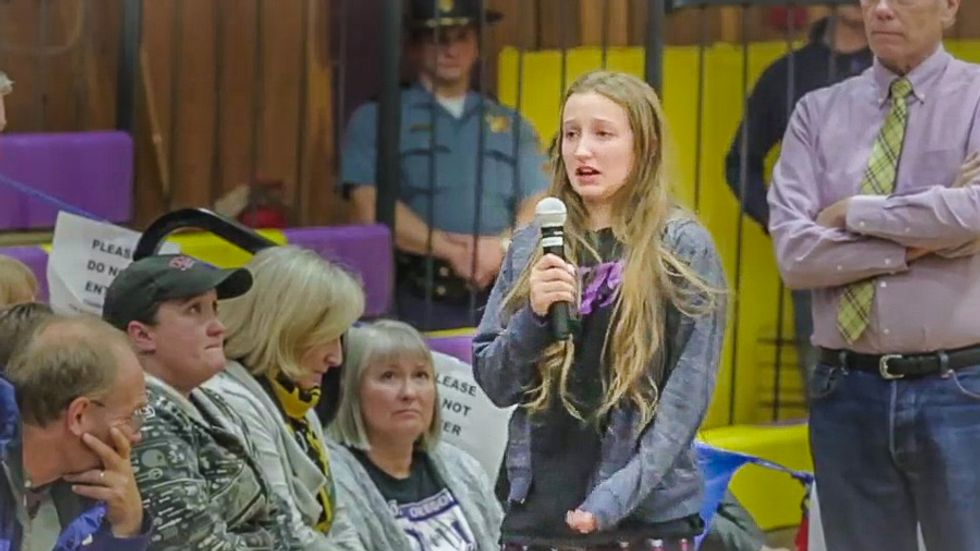 Teen chokes up at town meeting asking Bundy to leave: 'I shouldn't have to be scared in my own hometown'