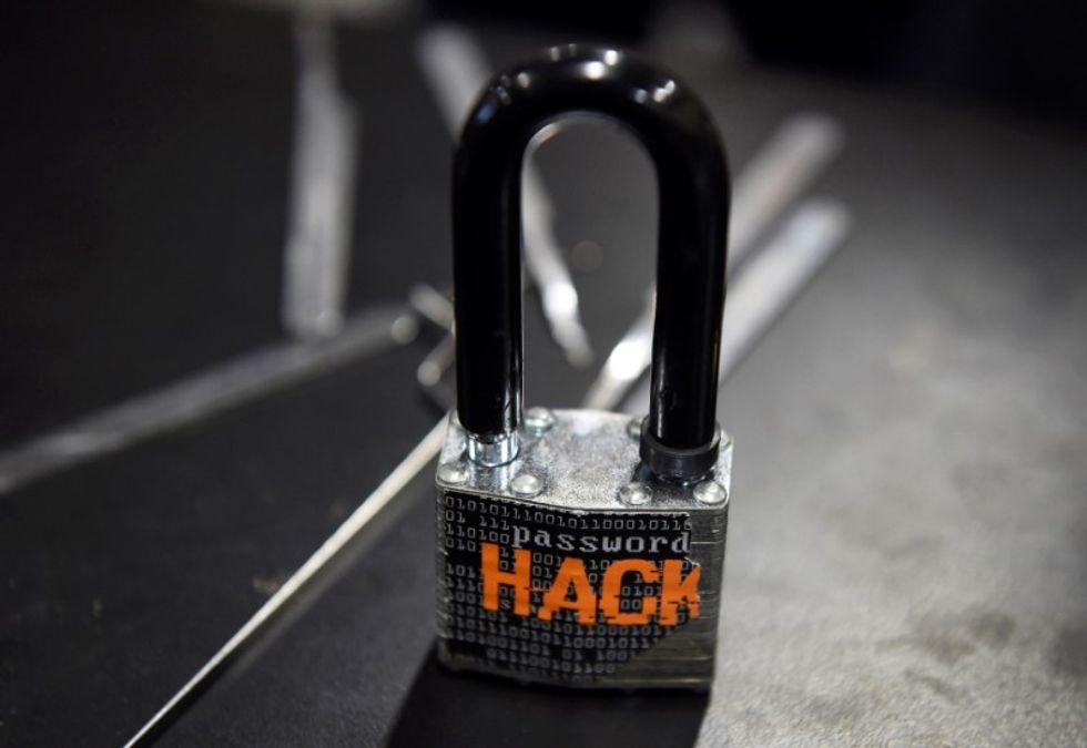 Computer hack sets off 156 emergency sirens across Dallas