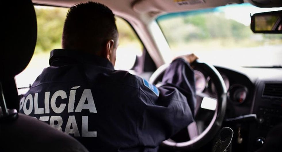 Mexico arrests gang members on US border in joint operation