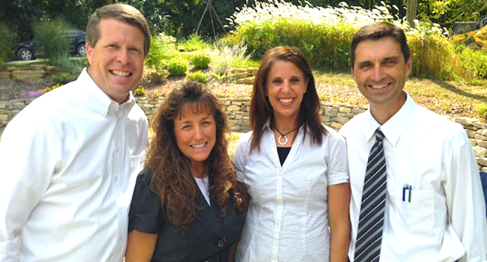 Ted Cruz teams up with Duggar-loving singing troupe to kill public education