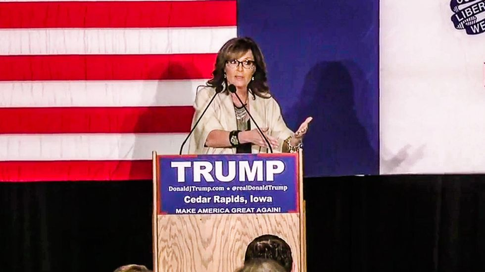 Tea Party smack down: Sarah Palin accuses Rep. Steve King of 'huffing ethanol' in a corn field