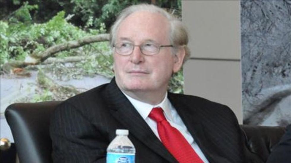 WV Sen. Rockefeller snaps at Snapchat for no-showing hearing on data security