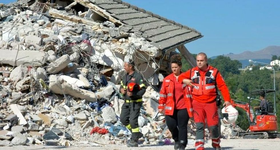 Italy quake toll hits 267 as hope for survivors fades