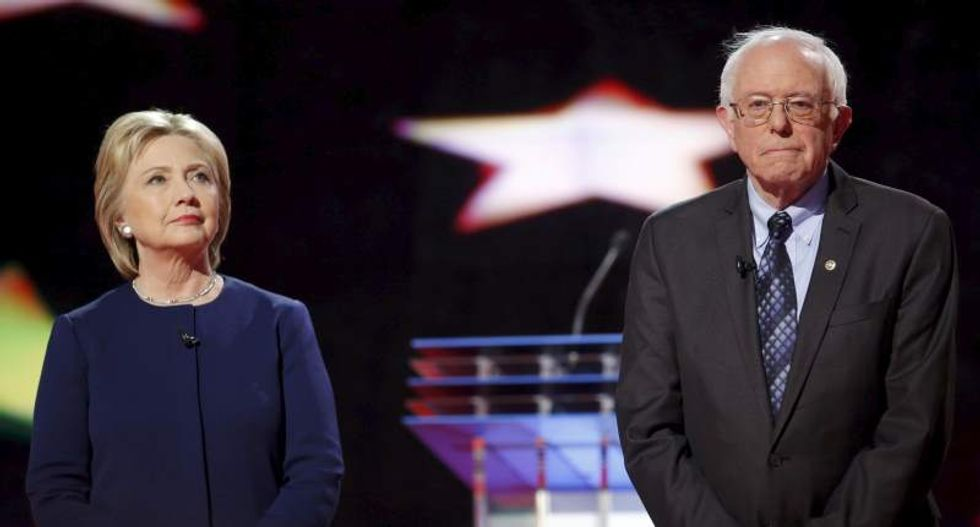 WATCH LIVE: Fox News hosts town hall with Democratic candidates Clinton and Sanders
