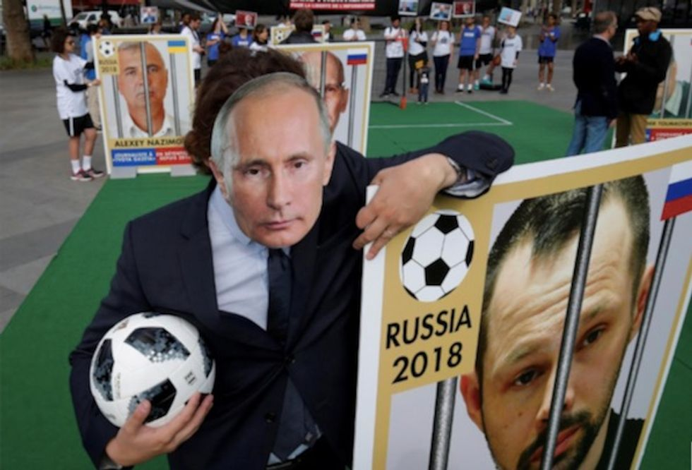 Jailed Russian journalists take the field in pre-World Cup protest
