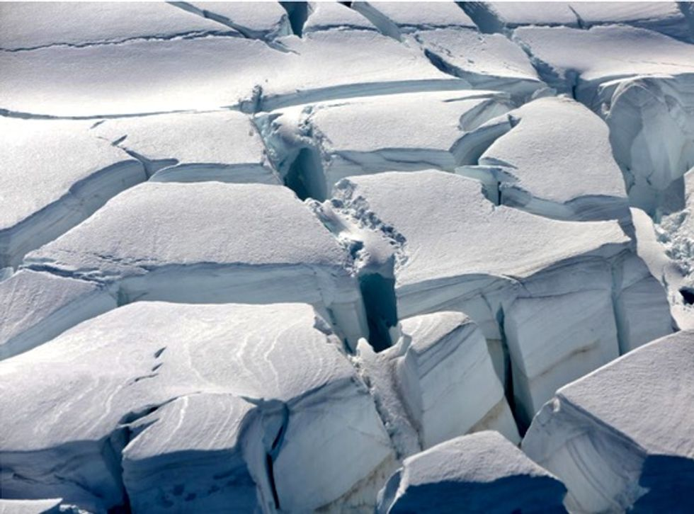 Antarctic thaw quickens, trillions of tons of ice raise sea levels