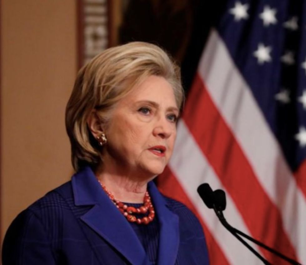 Justice Dept watchdog to release report on FBI decisions on Hillary Clinton probe