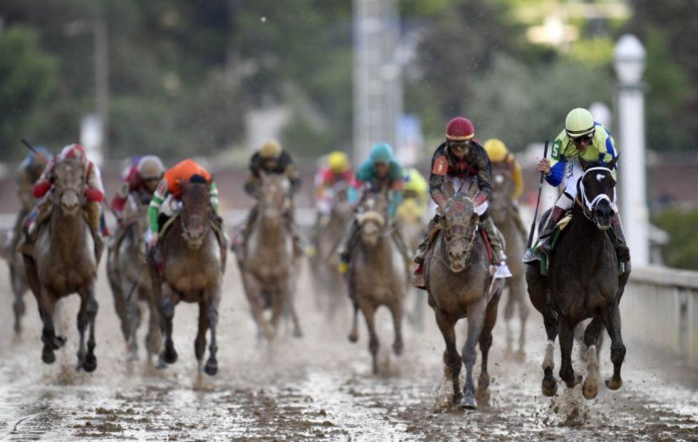 Santa Anita set to resume live racing
