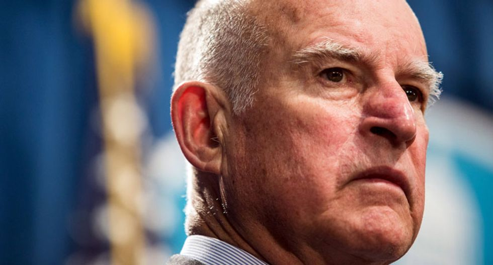 California governor signs $15-an-hour minimum wage into law