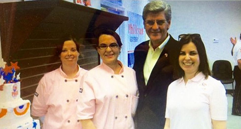 Mississippi baker shames anti-gay governor after baking his inaugural cake
