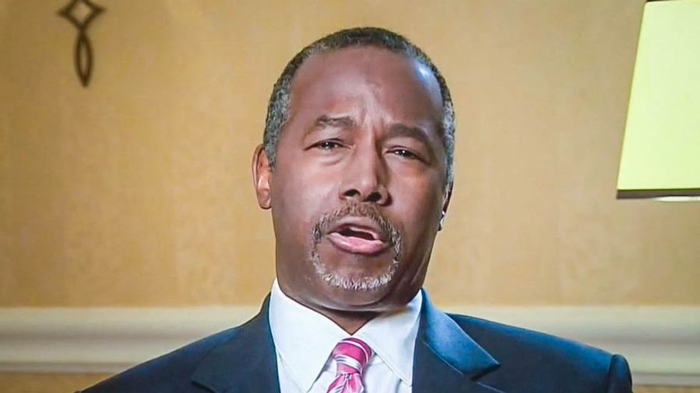 Ben Carson: Taking in Syrian refugees is just 'trying to be politically correct'