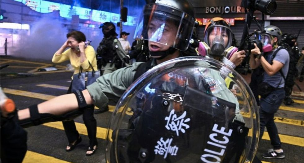 Hong Kong campus stalemate persists while US congress passes bill of support for democracy protesters