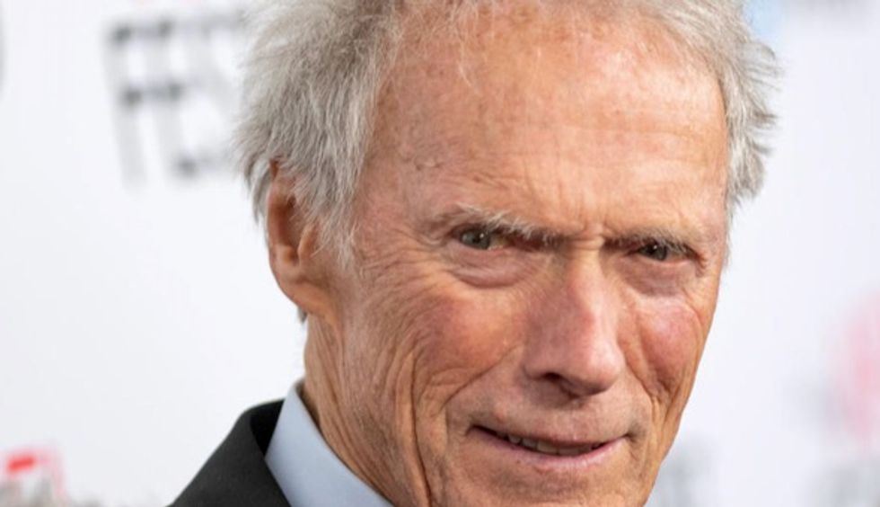 Clint Eastwood seeks to restore Atlanta bomb hero's legacy