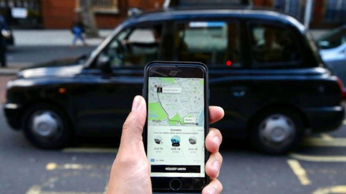 Uber grants UK drivers employee status in world first