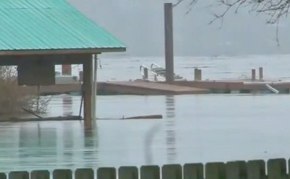 Deadly flooding forces evacuations across US South, Midwest
