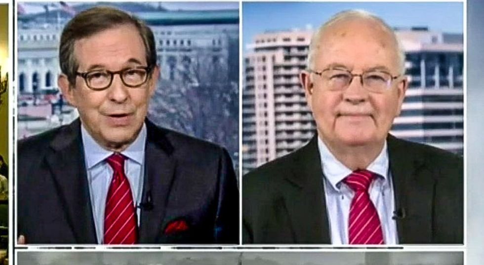 Chris Wallace shreds Ken Starr: Trump's scandal 'a much bigger issue than whether Bill Clinton lied about sex'