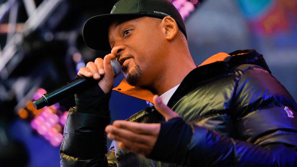 'Emotional' Will Smith campaigns against homelessness in New York