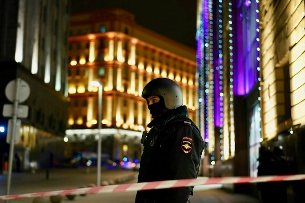 FSB agent killed, attacker 'neutralized' in Moscow shootout