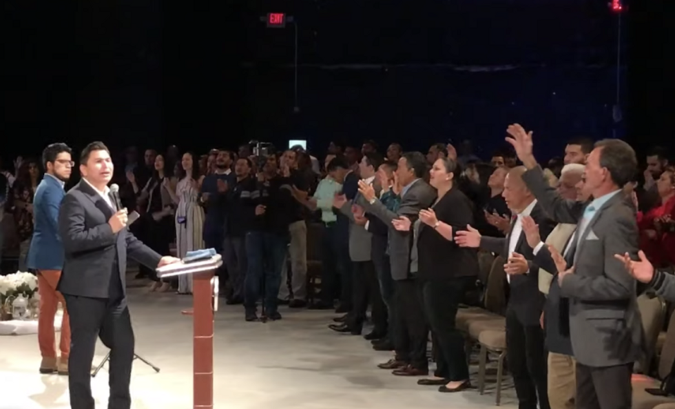 Trump to court evangelical Latinos at Miami megachurch where many congregants are undocumented