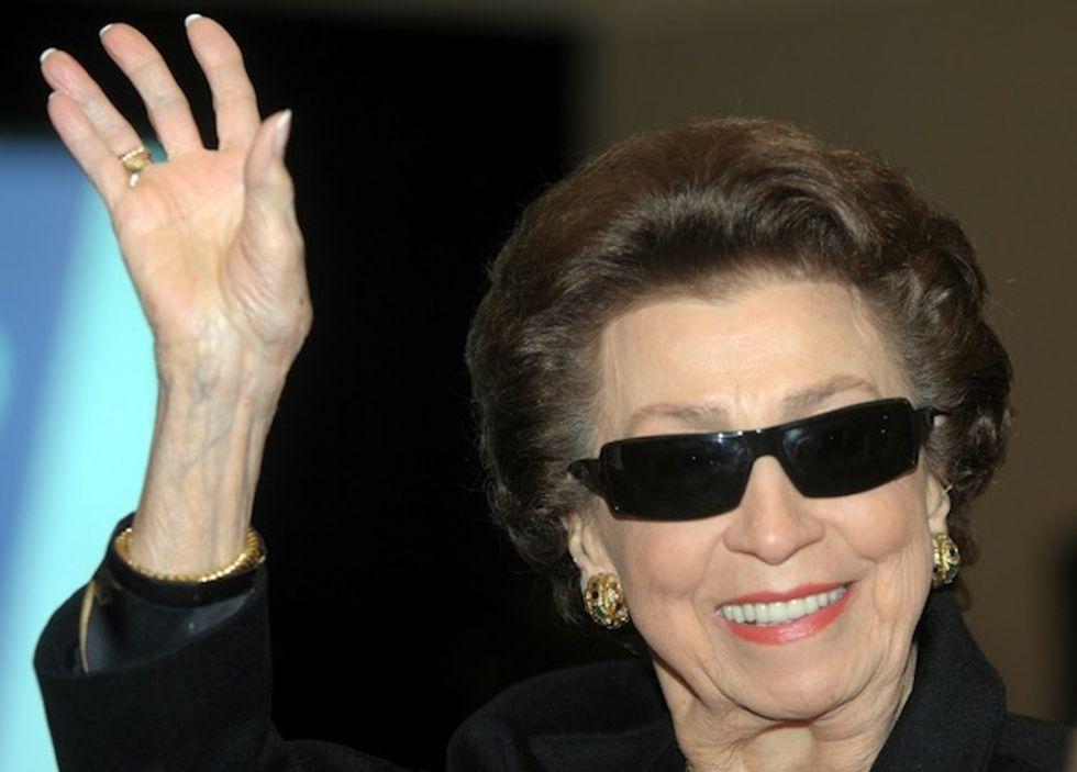 Frank Sinatra's first wife, Nancy, dies at 101