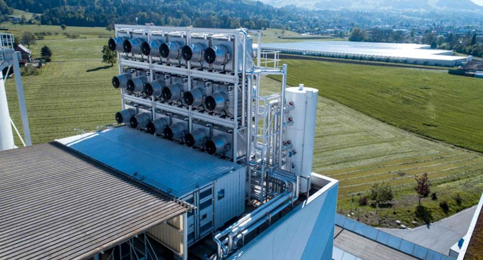 The world's first commercial CO2 capture plant just went live