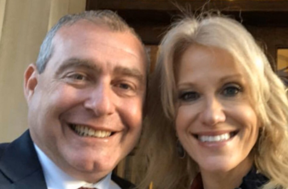 Kellyanne Conway claims she doesn't know Lev Parnas -- but his lawyer has a photo showing otherwise