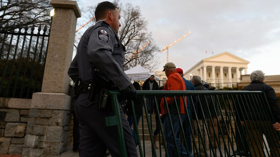 Increased fear of violence ahead of Monday's Virginia pro-gun rally