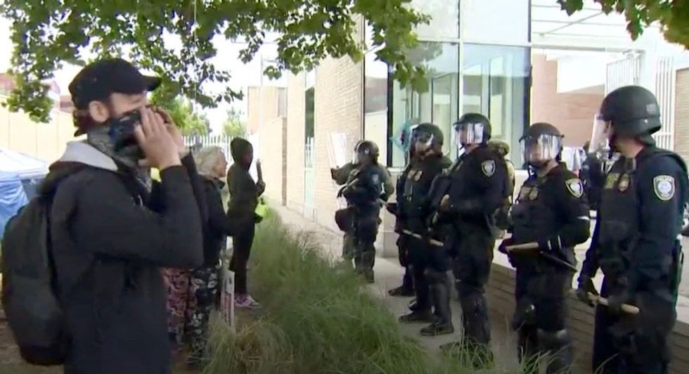 Portland mayor reverses support for #OccupyIce protest -- tells protestors to 'peacefully disengage' or face police sweeps