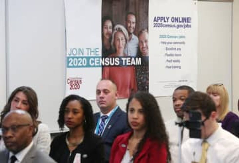 Red states push for last-minute census advantage