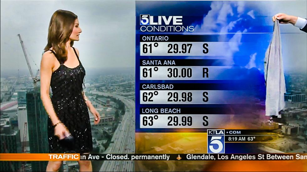 Male KTLA anchor forces meteorologist to cover her dress: 'We're getting a lot of emails'