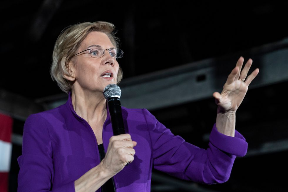 Elizabeth Warren does not plan to make a presidential endorsement after quitting the race