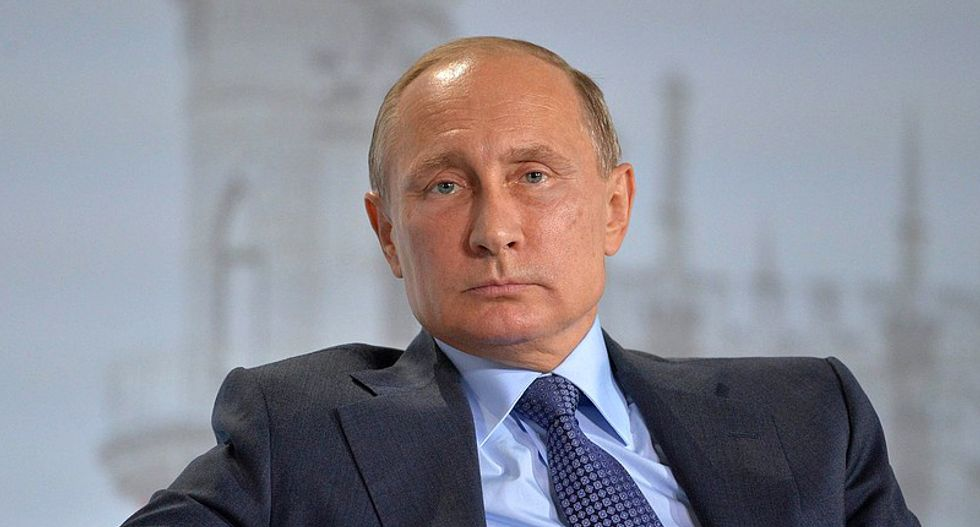 'There is a chance Vladimir Putin is controlling the White House': National security expert