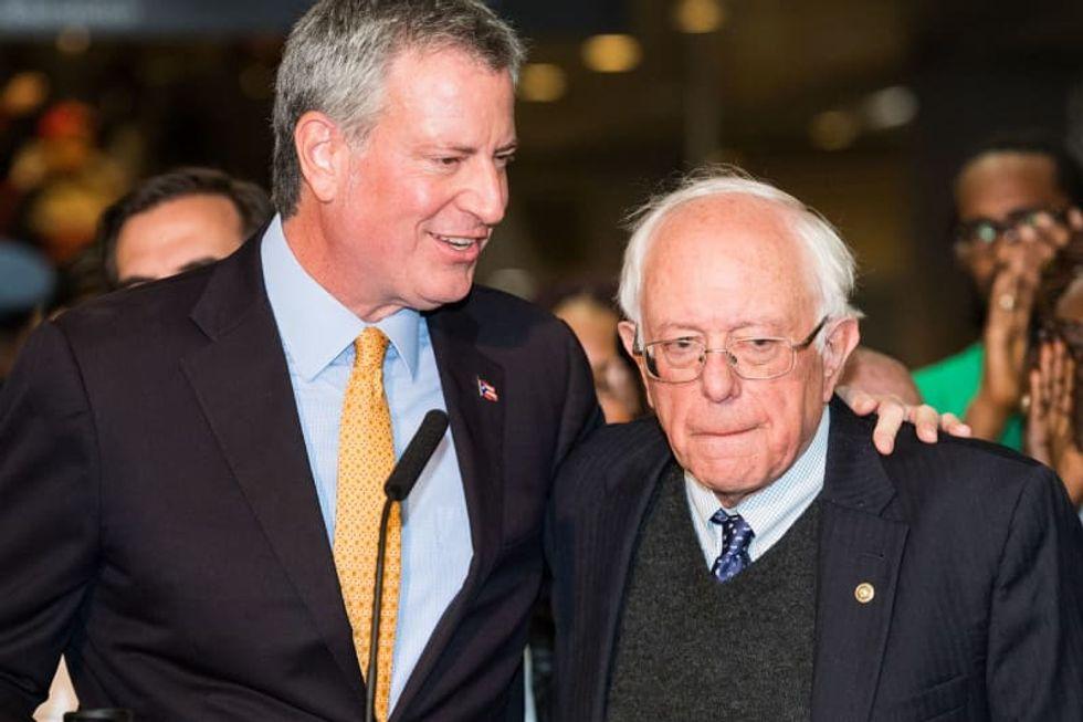 New York Mayor de Blasio to endorse Sanders for president: source