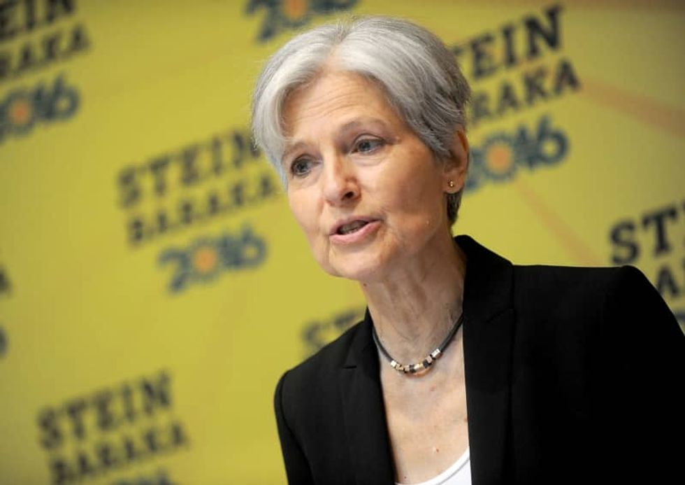 Jill Stein wants to block Philly's new voting machines -- PA elections official says that would cause chaos