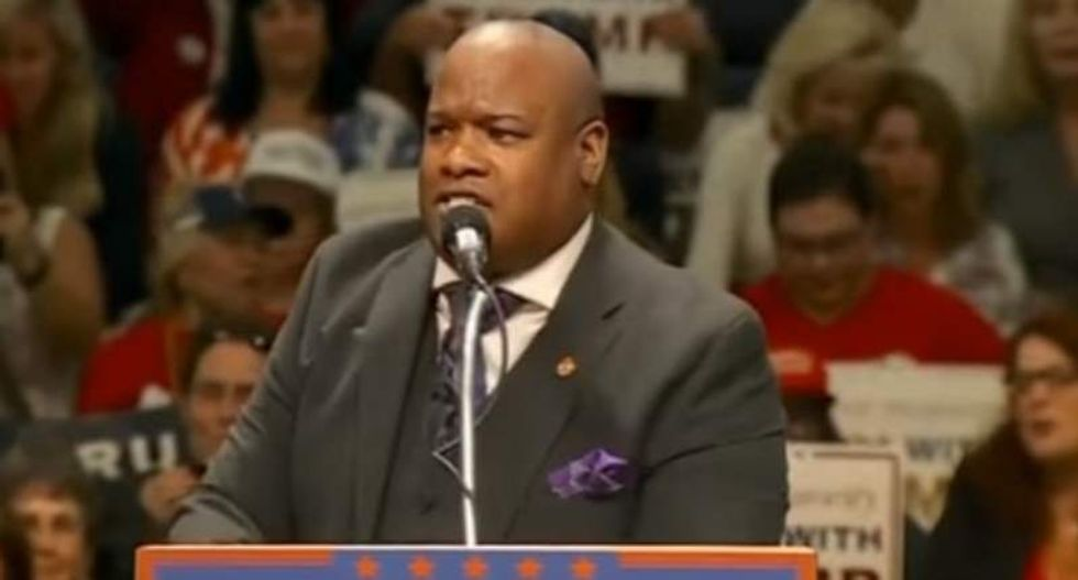 WATCH: Black Trump surrogate Mark Burns goes ballistic defending Clinton blackface cartoon on MSNBC