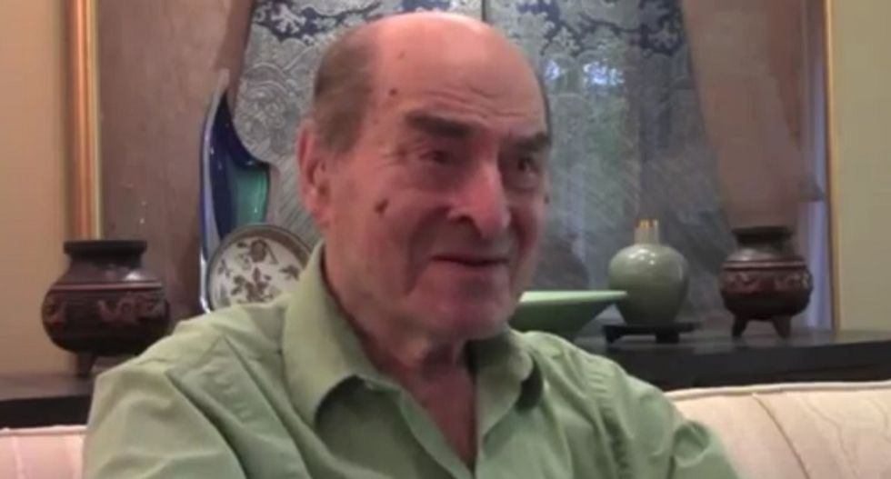 Doctor who invented Heimlich maneuver 42 years ago uses it to save woman's life